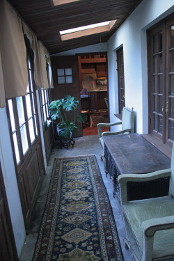 guest house sun porch